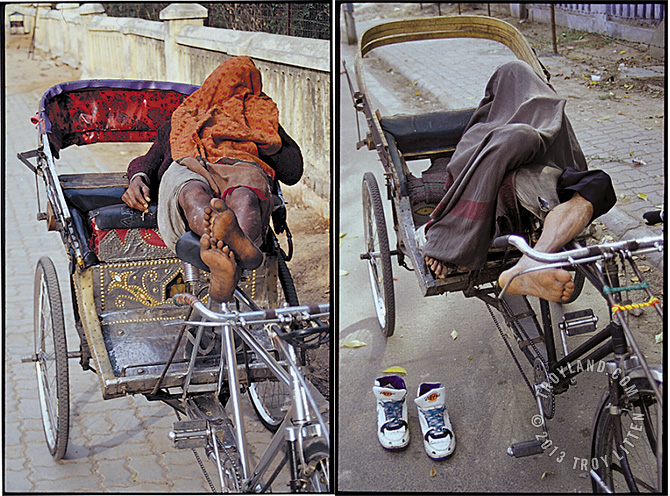 India_RickshawSleepers_670